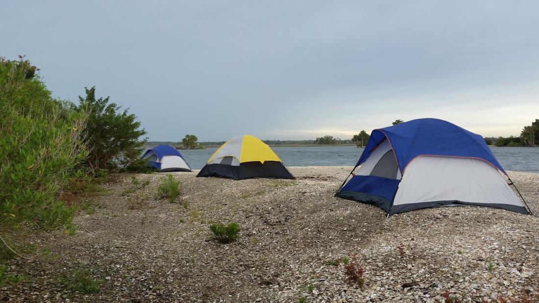 Comment faire de l'ombre sur un emplacement de camping ?