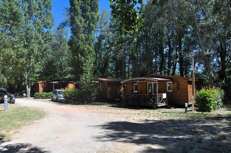 Peut-on habiter dans son camping avec un mobile-home ?