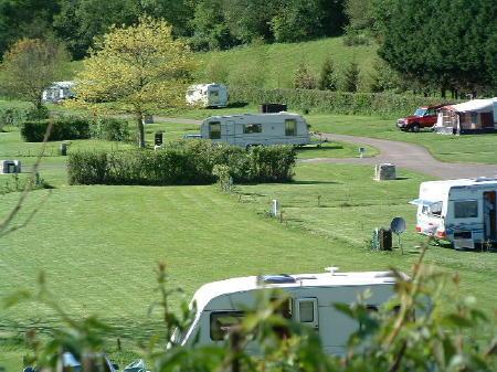 Combien de camping dans les Hautes Alpes ?