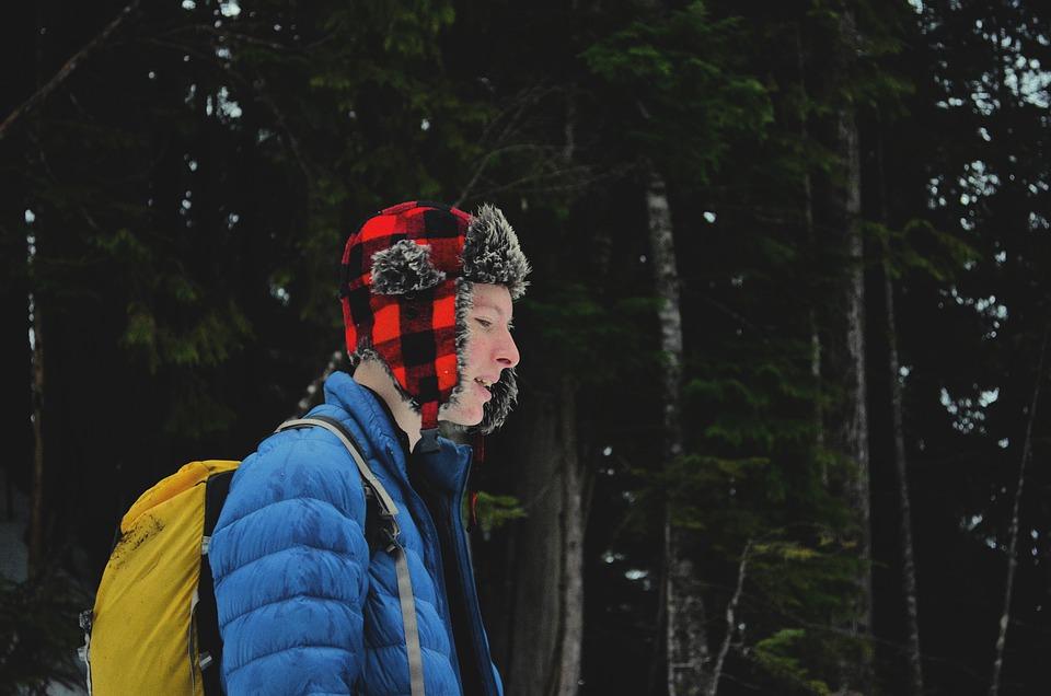 Le mineur peut-il partir en camping seul ?