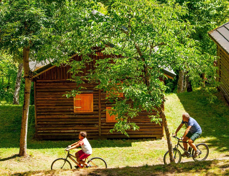 Optez pour des vacances en location de chalet dans un camping en Vendée